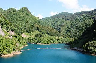 臥竜公園の伝説の竜が上がって来るというロマンに彩られたダム湖 豊丘ダム(昇竜湖)|歴史と自然の香